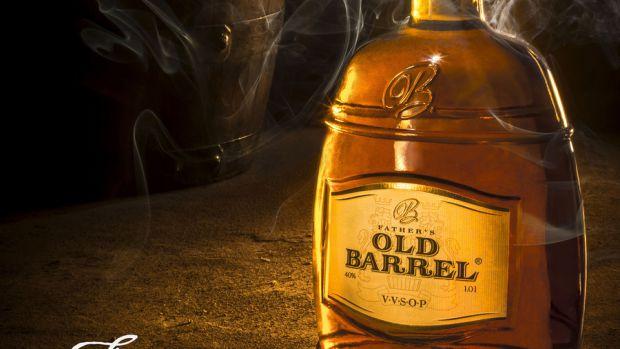 Американські вчені з генетичного центру виявили підтвердження того, що алкоголь сприяє ризику виникнення раку.