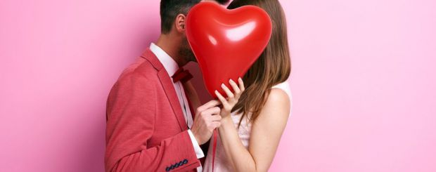 Науковці з штату Арізона провели експеримент, який був присвячений вивченню стресу і його залежності від емоційного контакту з партнером.