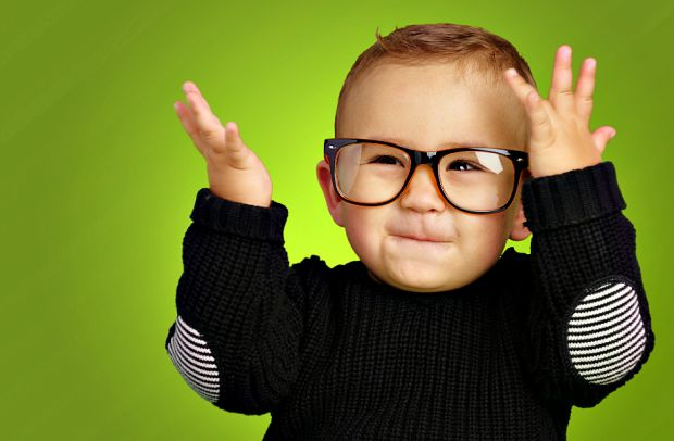 Щоб зорова система дитини нормально функціонувала, потрібно, щоб її харчування було збалансованим і повноцінним. Деякі продукти особливо корисні для з