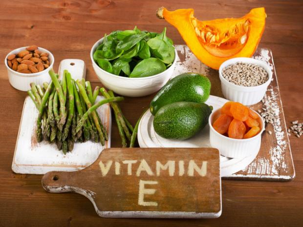 Одним із найосновніших вітамінів для жіночого організму при плануванні вагітності є вітамін Е, або токоферол. Детальніше читайте у нашому матеріалі.