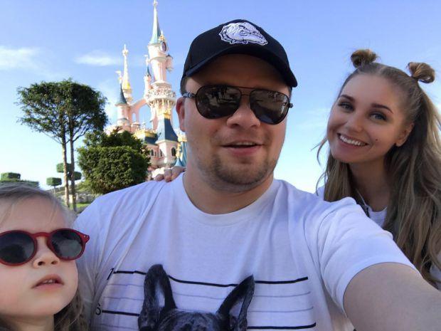 Христина Асмус і Гарік Харламов показали донечку (ФОТО)