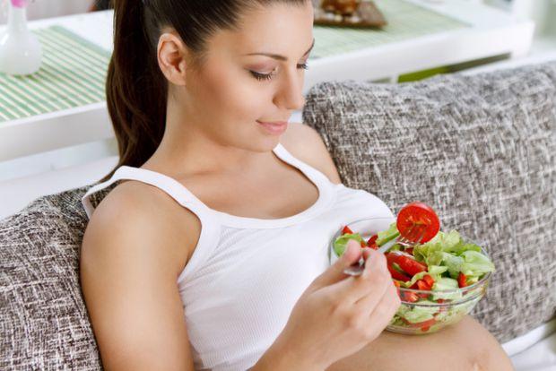 Почався Великодній піст, а що варто їсти у цей період вагітній? Повідомляє сайт Наша мама.