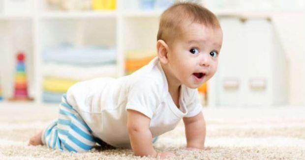 0-3 місяціПеріод дитячих криківКрики висловлюють різні функціональні стани, насамперед - дискомфорт. У них переважають звуки: а, о, у, уа, іа (Не такі