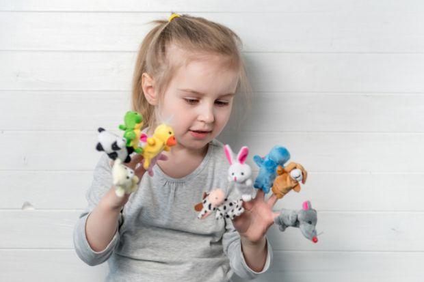 Пальчикові ляльки використовують для розвитку дитину.