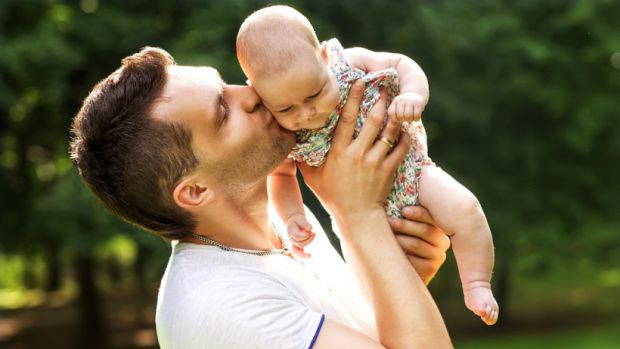 Лікарі переконані, що старший татусь позитивно вплине на здоров'я дитини