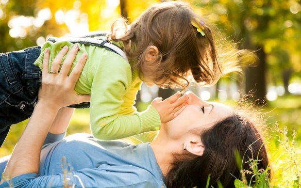Якщо у дитини, навіть дуже маленької, виникають проблеми з мовленням, батьки часто панікують, не розуміючи, що це минеться, рано чи пізніше.