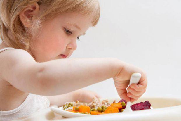 У дитини має бути збалансоване харчування, щоб не з'являлися всілякі захворювання.