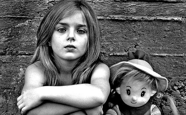 Доволі часто, це відбувається з неприємних причин, що діти повинні швидко дорослішати.