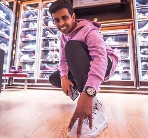 16-річний Рашед Белас живе в Дубаї і відомий колекцією кросівок популярних марок.