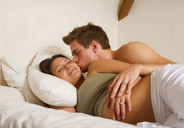 Чому секс під час вагітності не такий: 4 причини