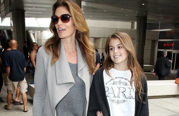 Кайя Гербер розповіла, як її мамі-моделі вдається підтримувати красу. Повідомляє сайт Наша мама.