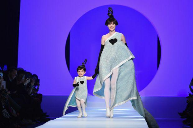 Айоні Конран робить впевнені кроки у модельне майбутнє