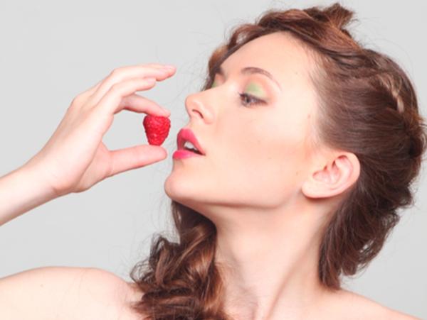 Науковці запевняють, що полуниця дарує людям відчуття щастя.Лондонські дослідники виявили цікавий факт: лише думка про полуницю змушує нас радіти, адж