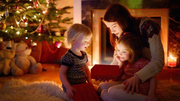 Як провести Новий 2018 Рік з дітьми - найкращі ідеї читайте у матеріалі.