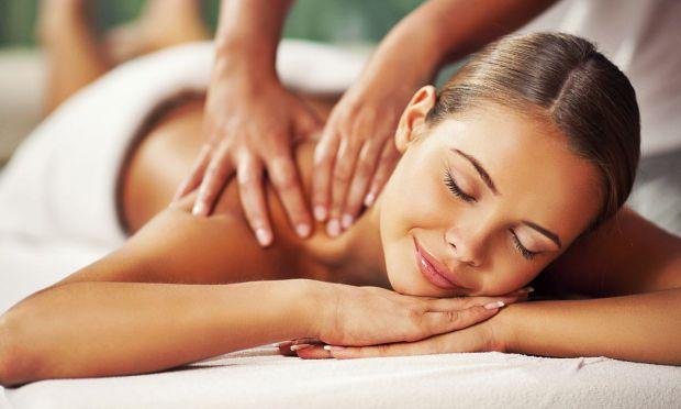 Масаж хорошого спеціаліста допоможе вам не тільки розслабитися і відчувати себе прекрасно, але ще й має лікувальний ефект.
