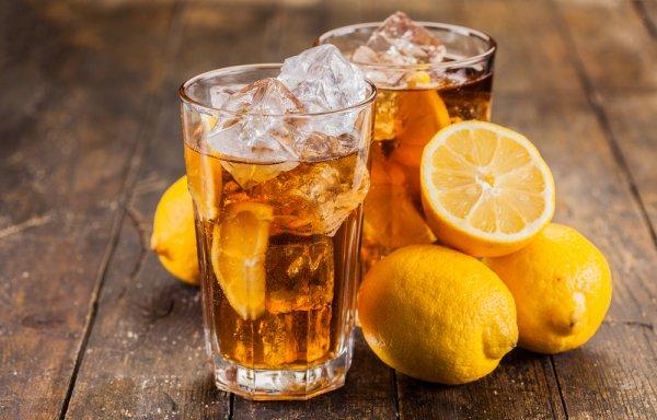 Шкоди від напоїв не буде, якщо вживати безпечні дози. Ними можна вважати 50 г коньяку, 60 г горілки або ж 200 г вина, найкраще білого сухого. Спиртне,