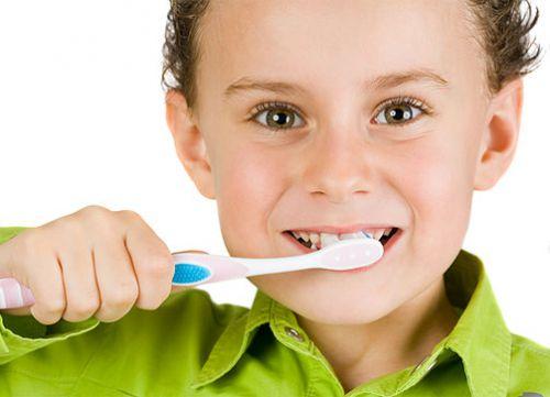 Здоров'я зубів - дуже важливе для дітей. Батьки з дитинства повинні дбати про зубки своїх малюків.