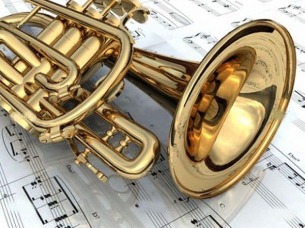 Нещодавні дослідження показали, що музика не тільки емоційно впливає на людину, а й стимулює когнітивні процеси мозку. Особливо, це корисно впливає на