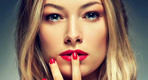 Проблеми, які виникли через дисбаланс в організмі, призводять до того, що нігті і волосся втрачають колишній блиск, силу і здоровий вигляд. Тому такі