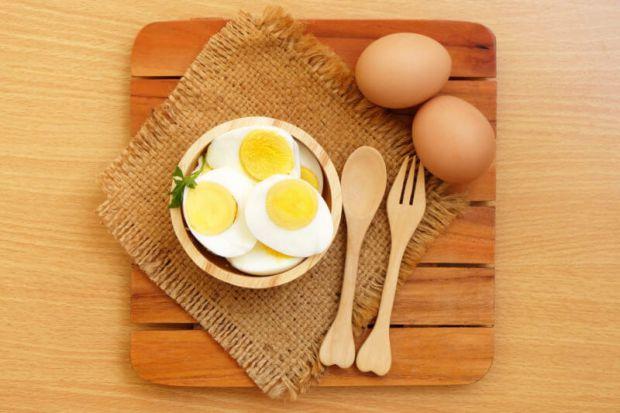 Чи корисно їсти більше 3-х яєць вдень, і як вони впливають на організм і здоров'я в загальному - читайте далі.