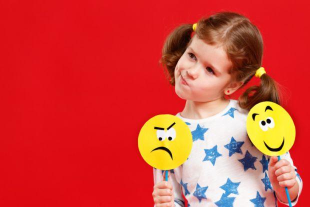 У матеріали описується 3 способи, як розвинути емоційний інтелект дитини.