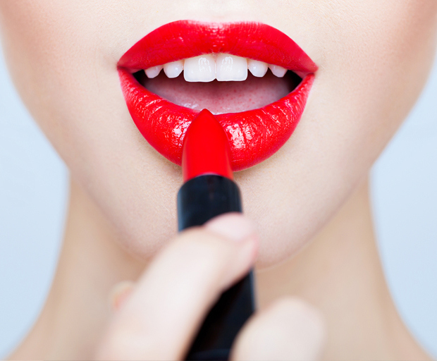 4799_red_lipstick.jpg (161 Kb)