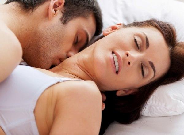 Відсутність сексуальної розрядки досить відчутно може вдарити по здоров'ю, - стурбовано попереджають медики. Те, що жінки не рідко симулюють оргазм, -
