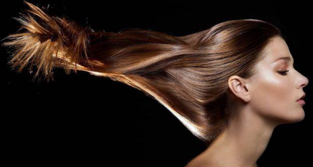 Фахівці дали кілька порад по догляду за волоссям, щоб воно було міцним і здоровими.