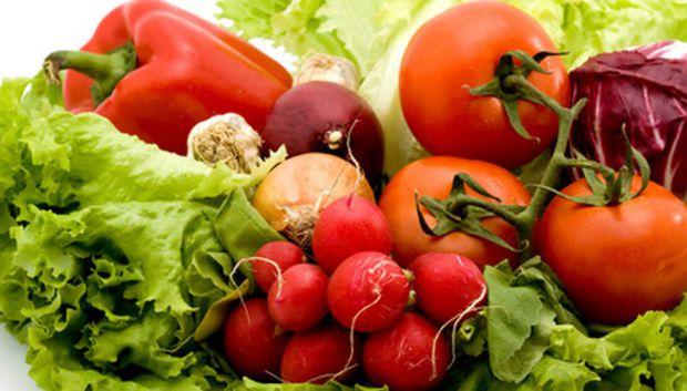 Кілька причин, чому краще перейти на сезонні овочі та фрукти або хоча б включити їх в свій раціон. Це смачніше і корисніше.