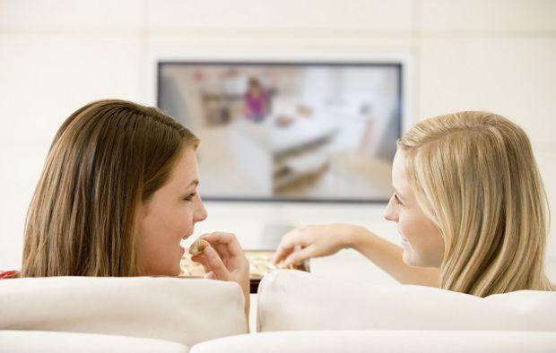 В період вагітності жінкам корисно не лише багато гуляти і дихати свіжим повітрям, але й відпочивати на дивані, насолоджуючись життям. Цей час можна в