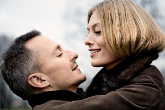 Традиційно вважається, що в парі чоловік повинен бути вищим за жінку. А наскільки? Відповідь на це питання вчені з'ясували в ході опитування 700 чоло