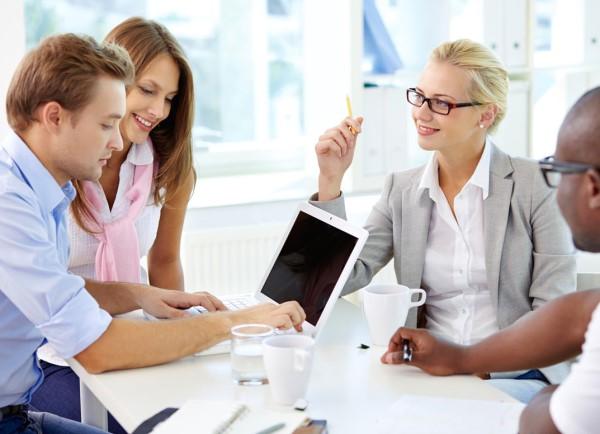 Робота - це місце, де ми проводимо значну частину нашого часу. Окрім безпосередніх завдань, ці години сповнені людських стосунків, які узагальнено наз