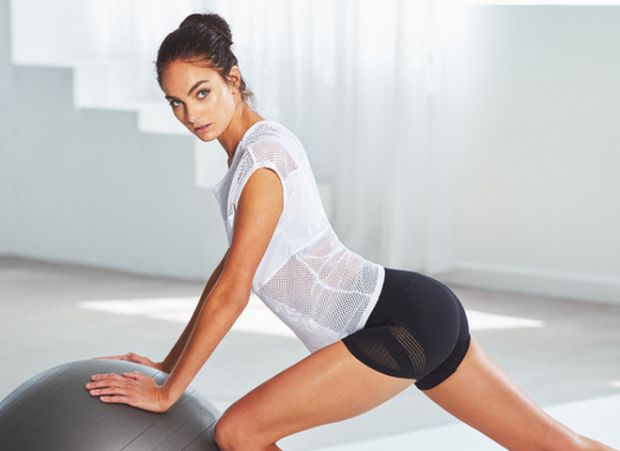 4e0_pose_workout_look_woman.jpg (25.1 Kb)