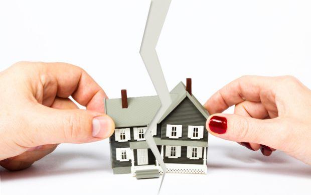 Як правильно розділити квартиру при розлученні- читайте у матеріалі.