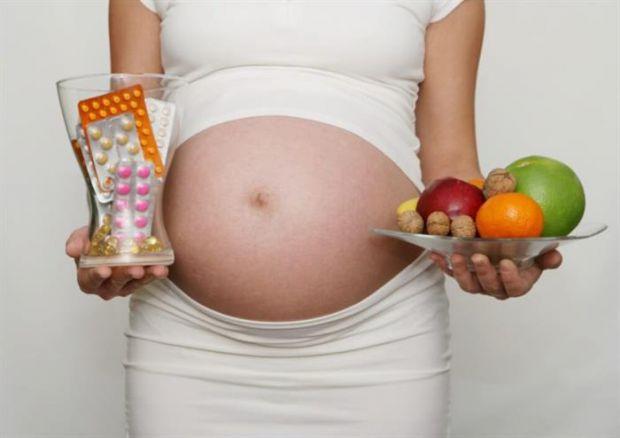 Науковці з Індії та Америки дізналися, що вживання вагітними високих доз заліза може спровокувати сильний окислювальний стрес, вплинувши на результат