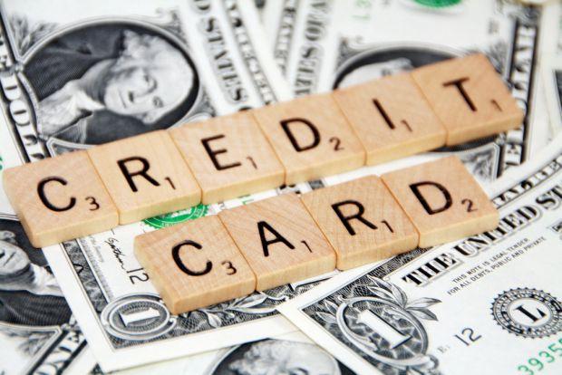 Зараз популярним стали послуги онлайн, і кредит – це не виняток, його теж тепер можна брати не виходячи з дому через інтернет, вам лише знадобиться мо