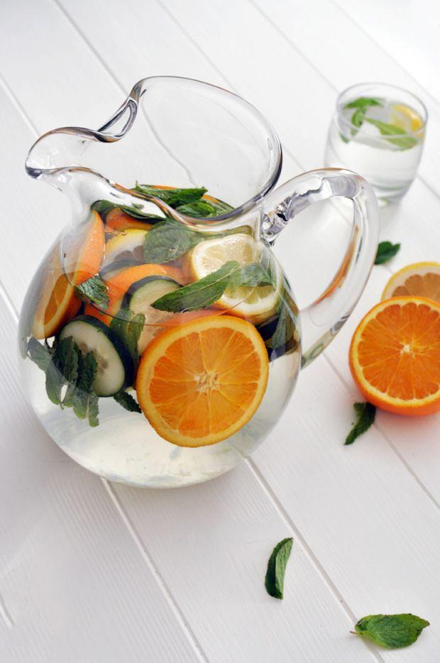 У матеріалі наведені продукти, які можуть завдати шкоди шлунку, якщо їх їсти на натщесерце.