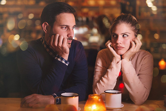 Якщо хочеш знати, яким буде в сім'ї твій потенційний коханий, уважно слідкуй за запитаннями, які він тобі ставить на першому побаченні.