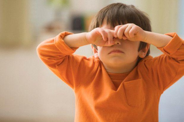 Якщо ваші очі часто втомлюються, ви багато сидите за комп'ютером - це великий тиск для очей, тому вони починають боліти, пекти. Але цих проблем ви мож
