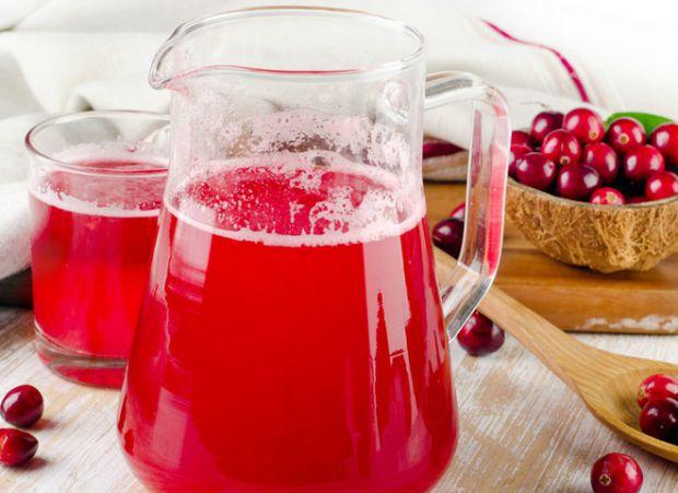 Журавлиний морс вважають корисним напоєм для здоров'я.