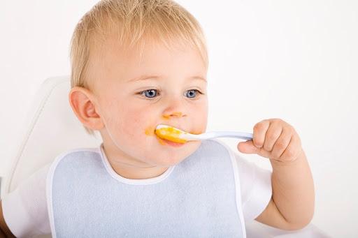 Не все корисне для дитини з того, що корисно їсти дорослим людям. Сьогодні поговоримо про заборони у дитячому харчуванні для діток віком до трьох рокі