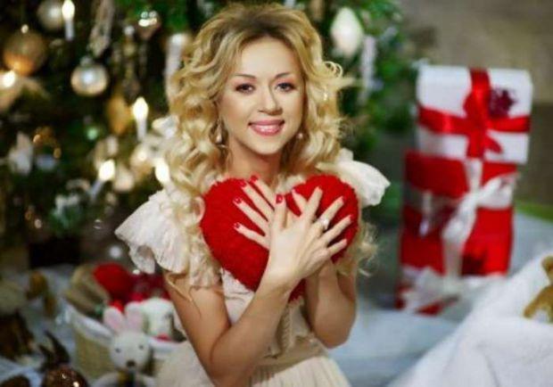 Українська співачка Наталія Валевська наважилась на операцію, щоб завагітніти.