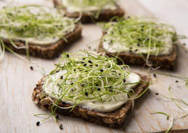 Зелень допомагає і схуднути, і при цьому зарядити організм вітамінами.