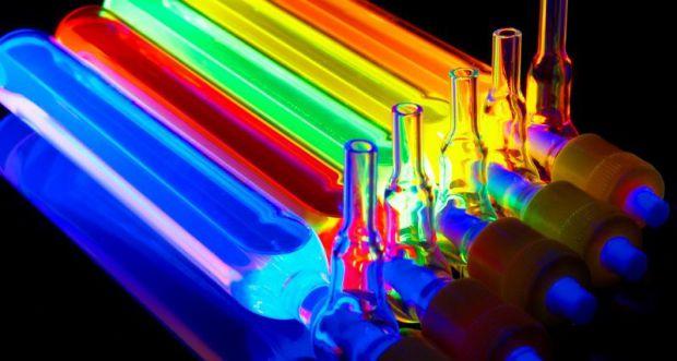 5351_ultrafiolet.jpg (37.5 Kb)