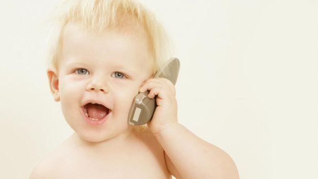Після проведених досліджень, медики переконані, що купівля сучасної технології повинна відбуватися тільки тоді, коли дитина досягає