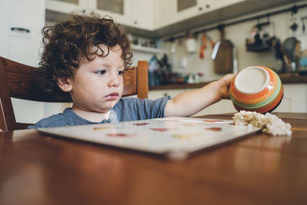 Якщо ви стали помічати, що ваш малюк з кожен днем стає все більш упертішим, нервує і кричить