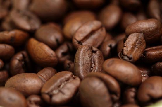 Як позбутися целюліту?Дієтологи в Бразилію переконані, що кава не лише нормалізує обмін речовин, але і здатна чинити терапевтичну дію при лікуванні це