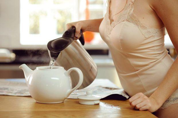 Чай з молокомПити і худнути. Про що ще можна мріяти? Пити чай з молоком і худнути - цілком реально!