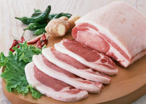 Американські вчені виявили, що нестача м'яса в раціоні жінок негативно позначається на їх зовнішності.