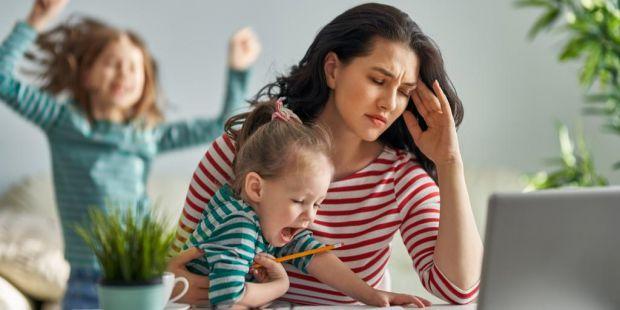 Виявляється, не лише ми, дорослі, страждаємо від стресів - у нас болить голова, падає настрій, знижується імунітет і працездатність. Усе це